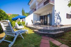 Ferienwohnung 1186695 für 4 Personen in Milčetići