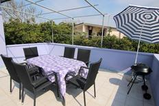Holiday apartment 1187196 for 13 persons in Povljana