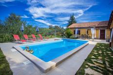 Ferienhaus 1188132 für 4 Erwachsene + 2 Kinder in Kaštelir