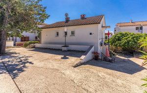 Für 4 Personen: Hübsches Apartment / Ferienwohnung in der Region Krk