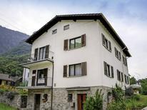 Appartamento 1193759 per 5 persone in Chironico