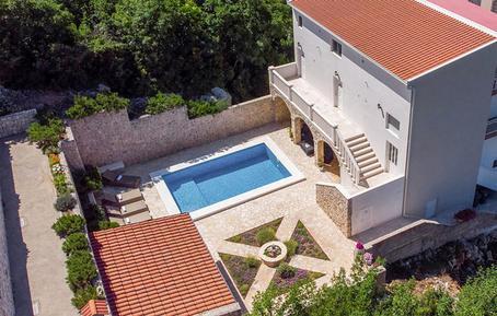 Gemütliches Ferienhaus : Region Makarska Riviera für 13 Personen