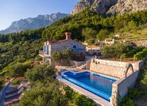 Holiday home 1193950 for 4 adults + 1 child in Makarska