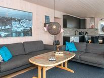 Ferienhaus 1194360 für 6 Personen in Øerne