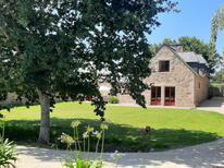 Ferienhaus 1194457 für 8 Personen in Lezardrieux