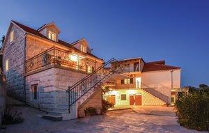 Gemütliches Ferienhaus : Region Makarska Riviera für 17 Personen