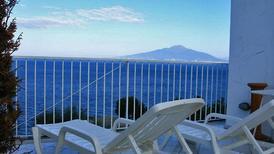 Ferienwohnung 1198340 für 4 Personen in Sorrento