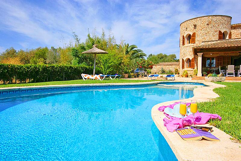 Ferienhaus mit Privatpool für 10 Personen in   in Spanien