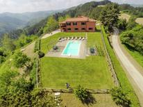 Holiday home 1201048 for 16 persons in Tredozio