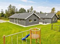 Appartement 1202338 voor 18 personen in Højby