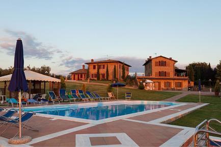 Gemütliches Ferienhaus : Region Foiano della Chiana für 20 Personen
