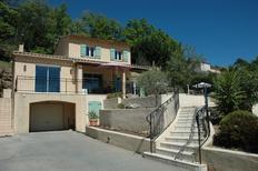 Villa 1204838 per 6 adulti + 1 bambino in Bagnols-en-Forêt