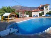 Ferienhaus 1205679 für 5 Personen in Paralio Astros