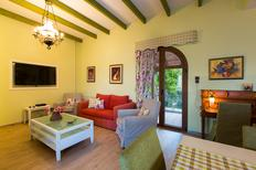 Vakantiehuis 1207621 voor 15 personen in Petres