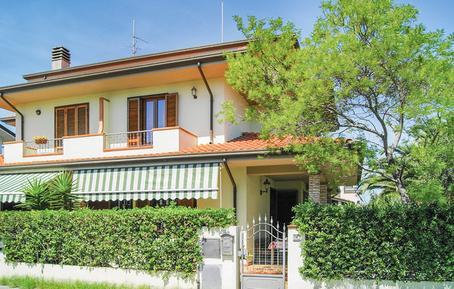 Gemütliches Ferienhaus : Region Torre del Lago Puccini für 7 Personen