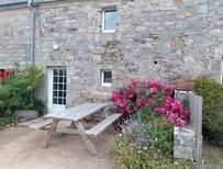 Maison de vacances 1208130 pour 4 personnes , Cléden-Cap-Sizun
