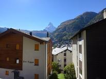 Ferienwohnung 1211910 für 4 Personen in Zermatt