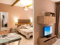 Appartement 1211920 voor 2 personen in Playa de las Canteras