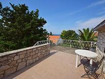 Casa de vacaciones 1211972 para 7 personas en Postira