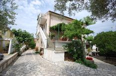 Holiday apartment 1213379 for 3 persons in Radici