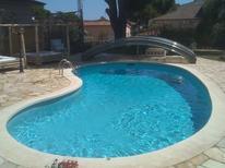 Vakantiehuis 1214145 voor 19 personen in Sant Antoni de Calonge