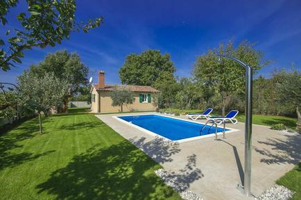Gemütliches Ferienhaus : Region Istrien für 3 Personen