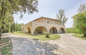 Gemütliches Ferienhaus : Region Fauglia für 10 Personen
