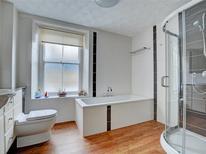 Ferienhaus 1216732 für 4 Personen in Looe