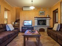 Casa de vacaciones 1217902 para 8 personas en Vrsar