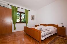 Appartement 1218056 voor 4 personen in Slatine