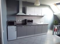 Holiday apartment 1218329 for 3 adults + 1 child in La Roche-Guyon