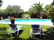 Villa 1218808 per 6 persone in Orange