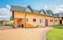 Vakantiehuis 122094 voor 17 personen in Ko yczkowo