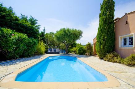 Gemütliches Ferienhaus : Region Cote d'Azur für 16 Personen