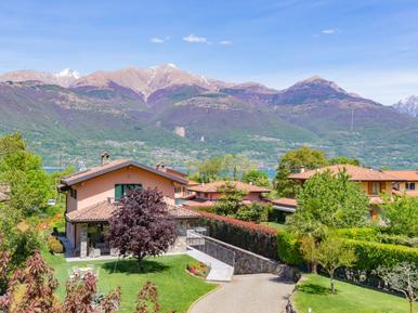 Gemütliches Ferienhaus : Region Colico für 4 Personen