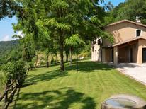Casa de vacaciones 1220514 para 8 personas en Sermugnano