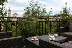 Holiday apartment 1221120 for 2 adults + 2 children in Makarska