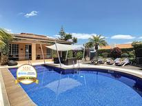 Holiday home 1221162 for 8 persons in Canico