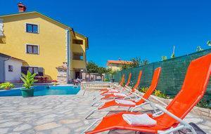 Gemütliches Ferienhaus : Region Istrien für 27 Personen