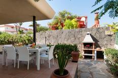 Vakantiehuis 1222121 voor 3 volwassenen + 3 kinderen in San Agustin