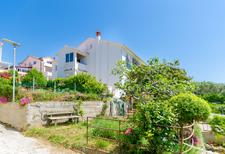 Holiday apartment 1222292 for 4 persons in Rab