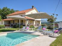 Holiday home 1222615 for 12 persons in Vire-sur-Lot