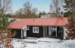 Vakantiehuis 1222722 voor 6 volwassenen + 2 kinderen in Hjälteby