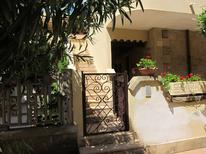 Holiday apartment 1222902 for 2 adults + 2 children in Isola di Capo Rizzuto