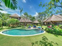 Villa 1222959 per 10 persone in Denpasar
