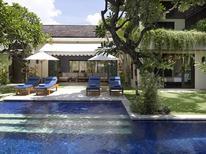 Villa 1223108 per 10 persone in Denpasar