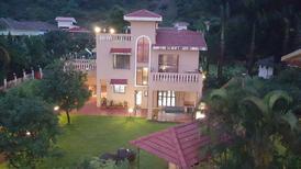 Casa de vacaciones 1223298 para 50 personas en Lonavala