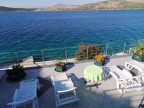 Ferienwohnung 1223481 für 3 Personen in Grebastica