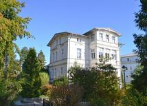 Ferienwohnung 1223961 für 4 Personen in Ostseebad Heringsdorf