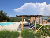 Ferienhaus 1223996 für 8 Personen in Vrbnik